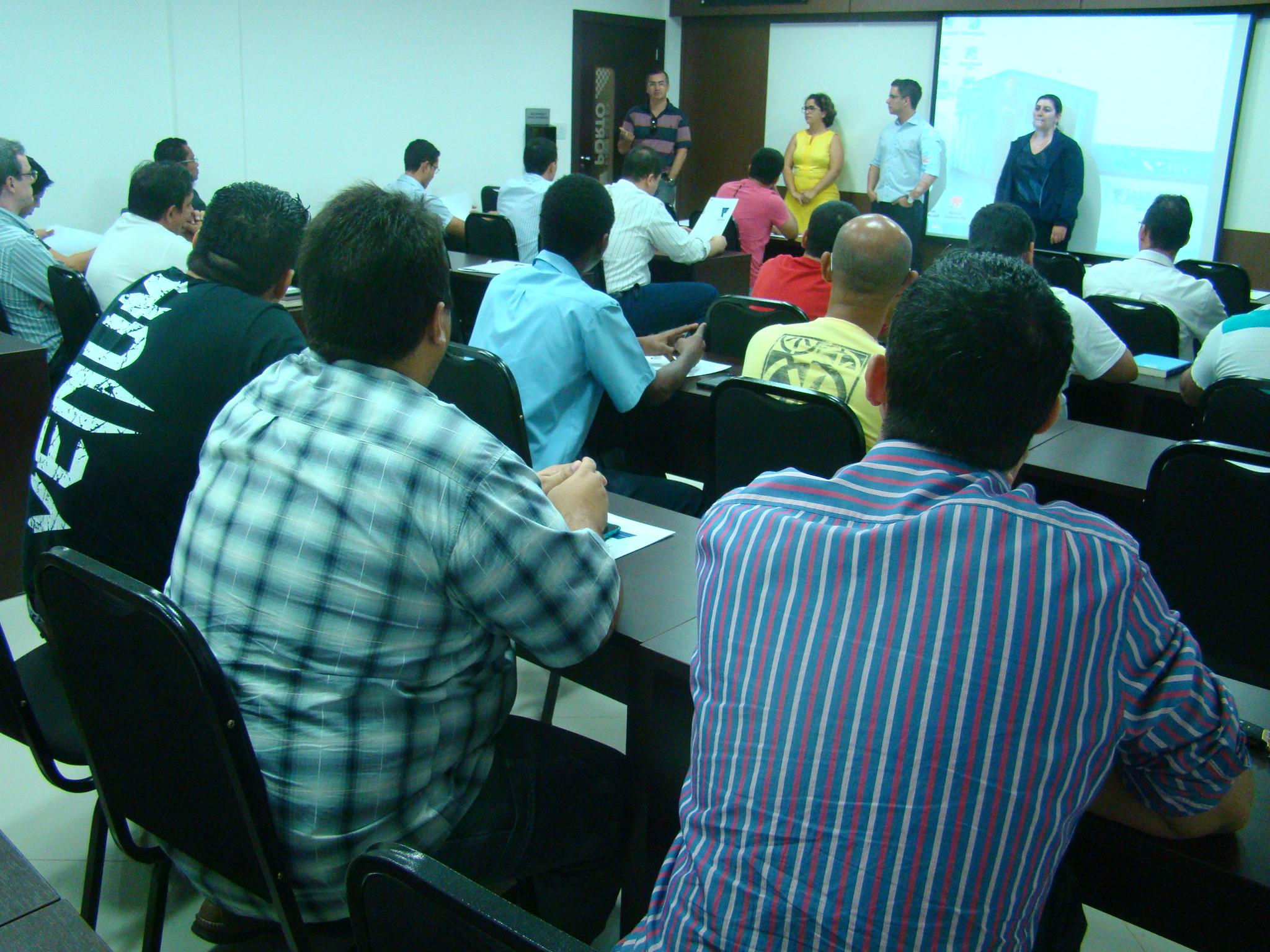 Faculdade Porto inicia pós-graduação em Sistemas de Informação
