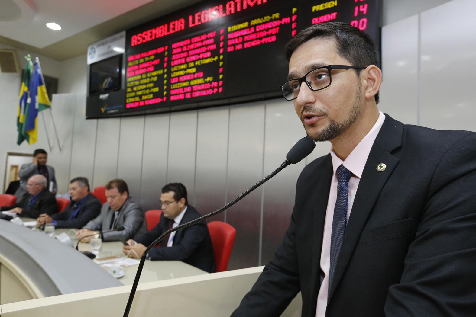 Anderson do Singeperon pede mudança urgente do presídio de Ouro Preto-28Mar17-José Hilde-Decom-ALE-RO (1)