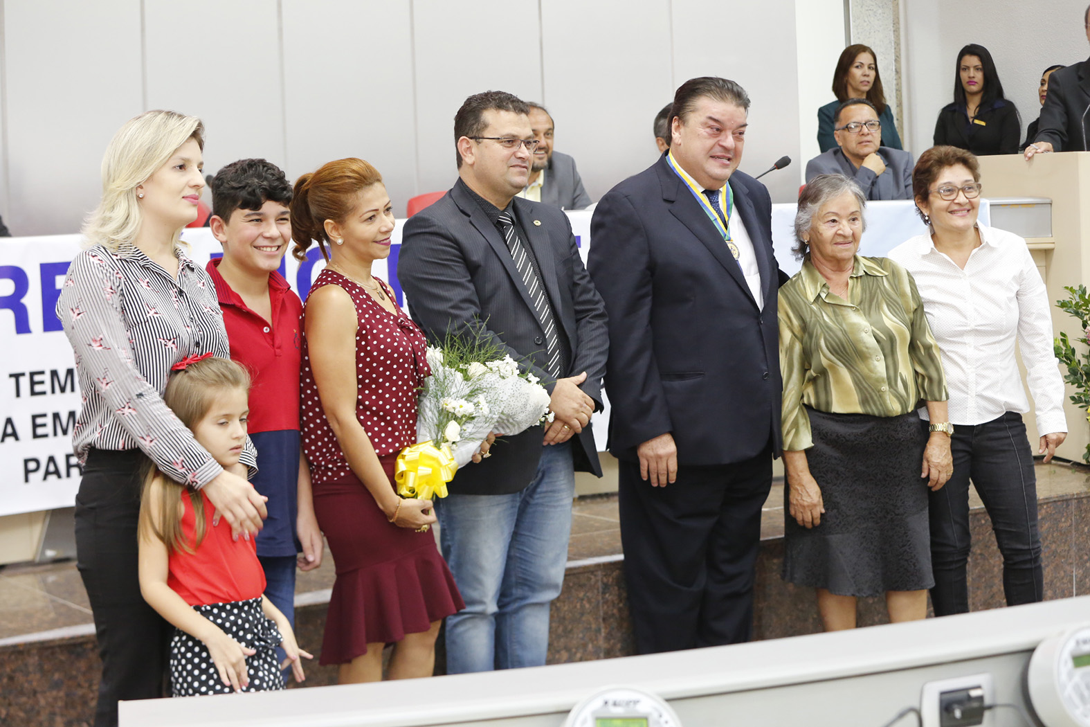 Secret_rio Williames Pimentel _ homenageado na Assembleia Legislativa-17Ab17-Jos_ Hilde-Decom-ALE-RO (12)